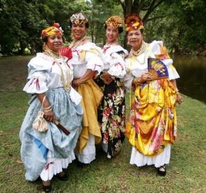 Le costume créole traditionnel  mi bèl moman !