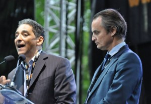 Serge ROMANA (à gauche) et Dominique de LAGUIGNERAYE le 23 mai