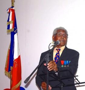 Jean-Alfred GUEREDRAT sous le drapeau tricolore
